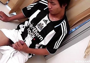 Oriental Twink Pissing increased by Wanking In the flesh