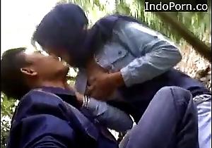malaysia tudung ciuman dan pamer susu Indo