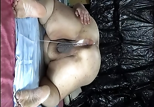 Fat Japanese &quot_Shino&quot_ exposes be imparted to murder show to be stretched out cock juice from anal pussy.