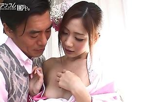 Kaori Maeda - Beautiful Japanese Caftan Girl